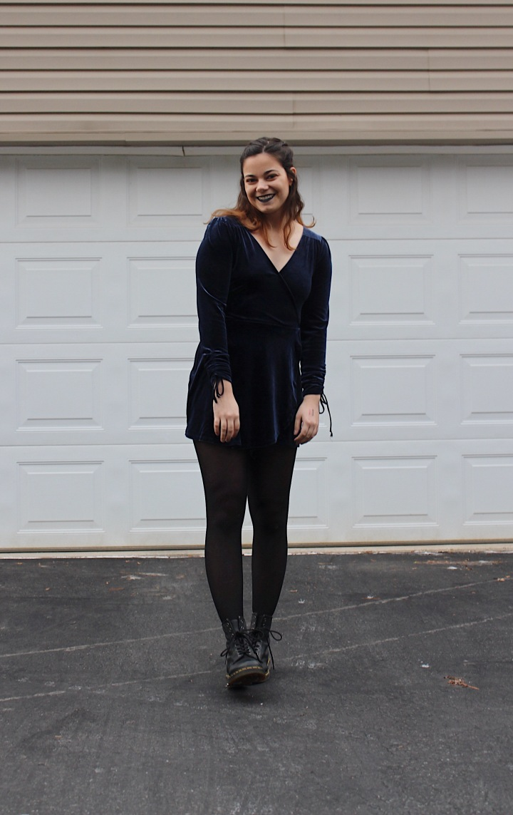NYE OOTN: Blue Velvet (+ My 3 New Year's Resolutions)
